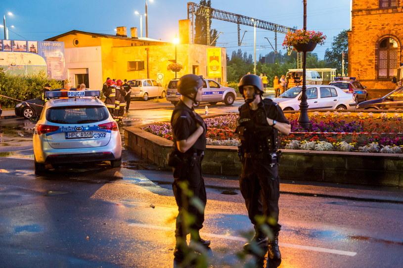 Pociąg Warszawa - Berlin został zatrzymany na stacji w Mogilnie z powodu informacji o podłożonym ładunku wybuchowym, /Tytus Żmijewski /PAP