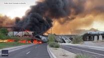 Pociąg wykoleił się i stanął w ogniu wraz z mostem. Sceny rodem z filmu katastroficznego w Arizonie