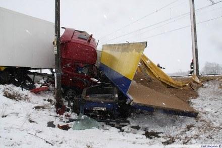 Pociąg zderzył się z ciężarówką /Policja