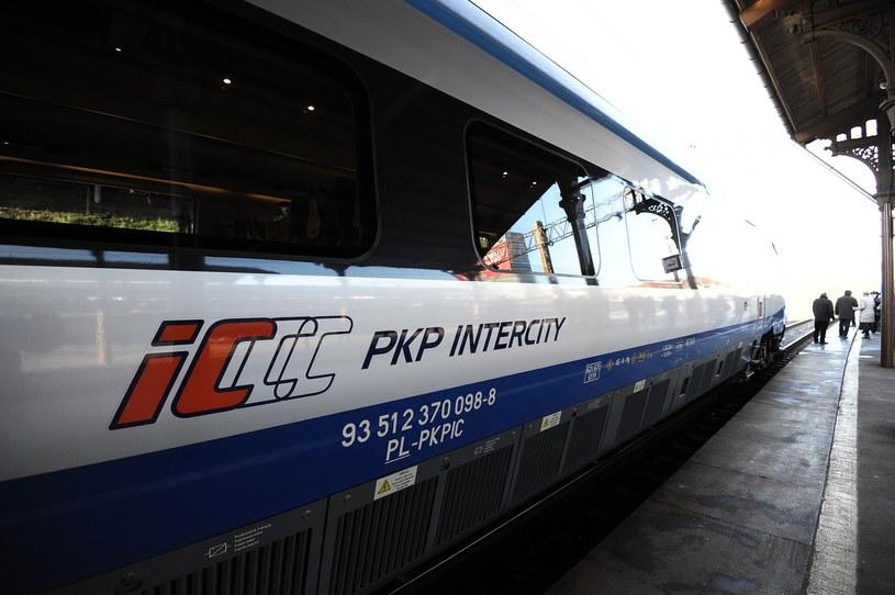 Pociągi PKP Intercity zatrzymają się na większej liczbie stacji i przystanków /Piotr Matusiewicz /East News
