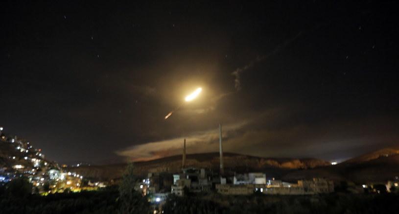 Pociski rakietowe nad Damaszkiem /YOUSSEF BADAWI /PAP/EPA