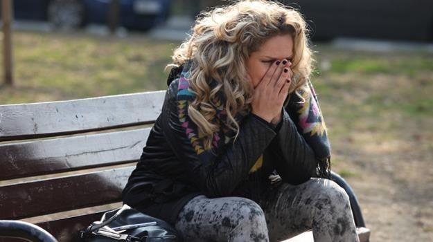 Początkowa radość Patrycji (Joanna Liszowska) ustąpi miejsca rozpaczy z powodu choroby /Polsat