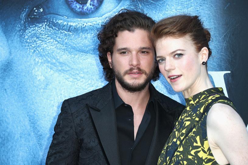 Początkowo para ukrywała swój związek przed fanami /Getty Images