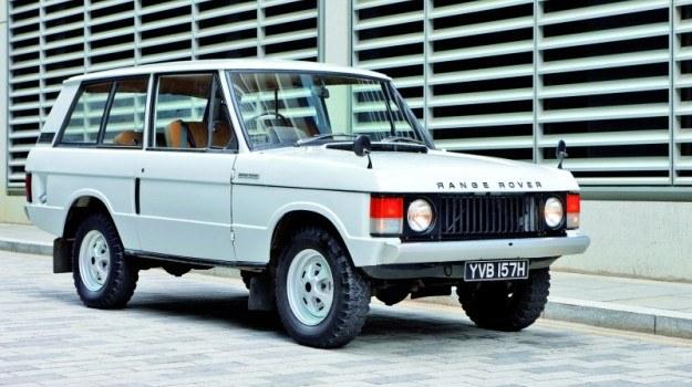 Początkowo Range Rover występował tylko w wersji 3-drzwiowej. Wariant 5-drzwiowy wprowadzono w 1981 roku. /Land Rover