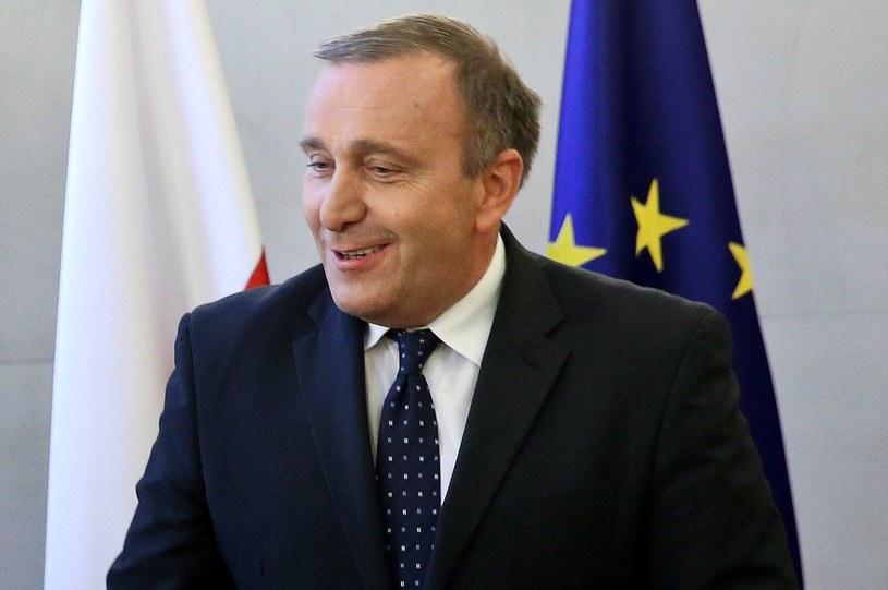 Początkowo sam minister Schetyna miał wręczyć odznaczenie /Rafał Guz /PAP