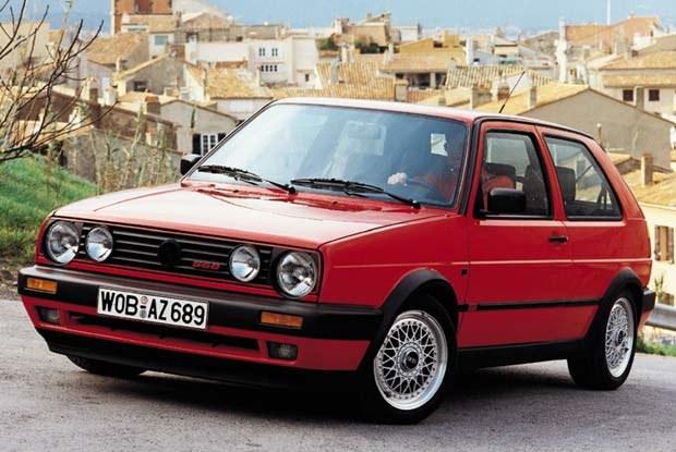 Początkowo w Europie królował VW Golf... (kliknij) /INTERIA.PL