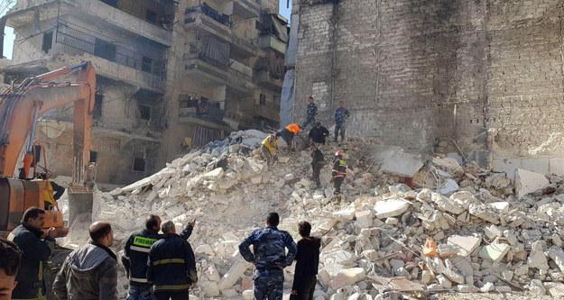 Pod gruzami zginęło wiele osób /SANA HANDOUT /PAP/EPA
