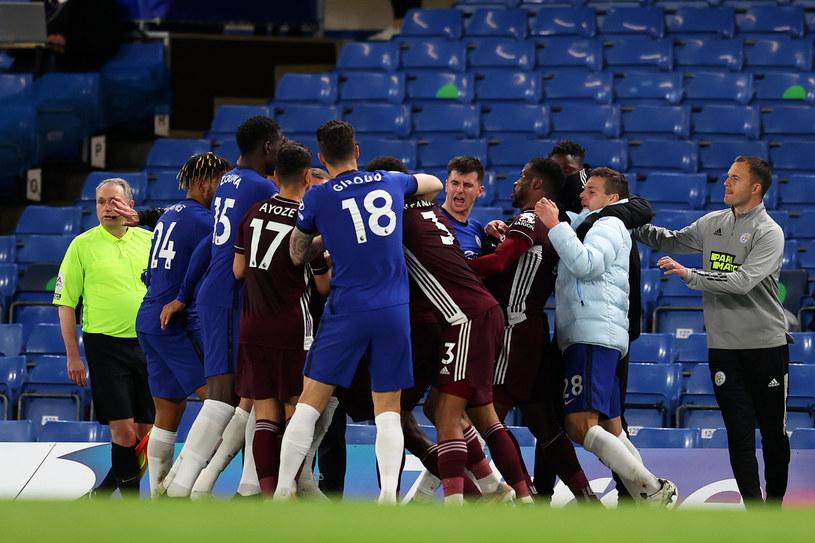 Pod koniec meczu na Stamford Bridge zrobiło się gorąco /Catherine Ivill /Getty Images