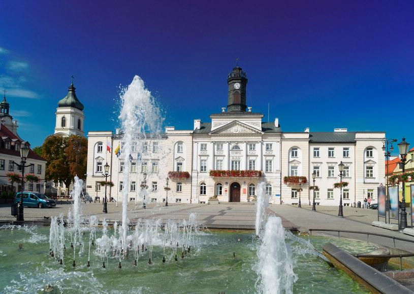 Pod koniec powstania listopadowego w ratuszu odbyła się ostatnia sesja Sejmu Królestwa Polskiego /123RF/PICSEL