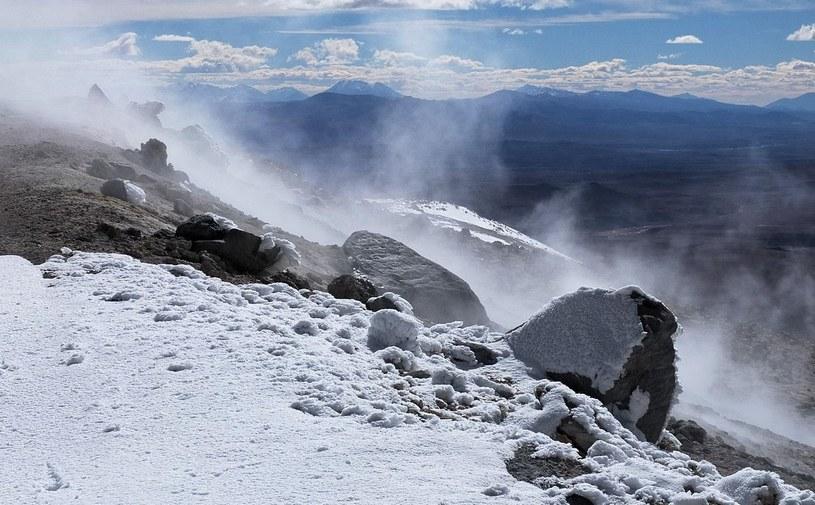 Pod wulkanem Uturunku znajduje się jezioro? /fot. Albert Backer /materiały prasowe