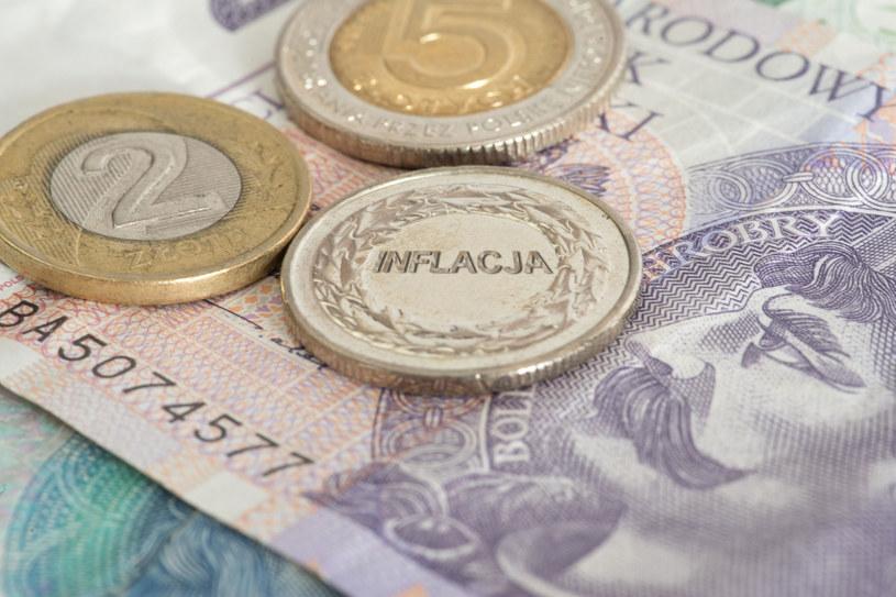 Podatek inflacyjny drenuje portfele Polaków /123RF/PICSEL