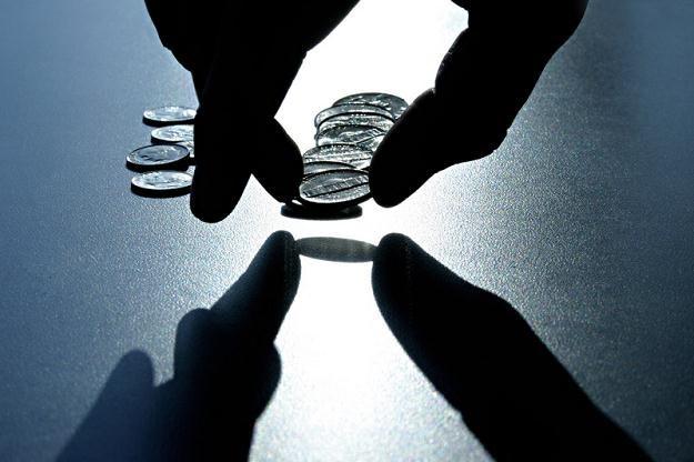 Podatnicy, podejrzewani o ukrywanie dochodów, masowo składają deklaracje o pożyczkach /© Panthermedia