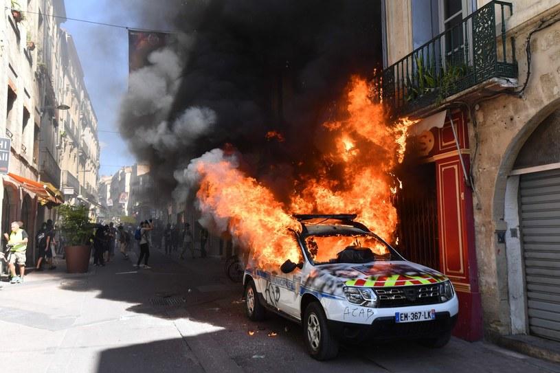 Podczas demonstracji doszło do wielu zniszczeń /PASCAL GUYOT/AFP /East News