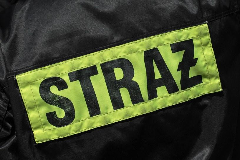 Podczas gaszenia altanki na Bemowie strażacy znaleźli zwęglone ciało /Gerard /Reporter