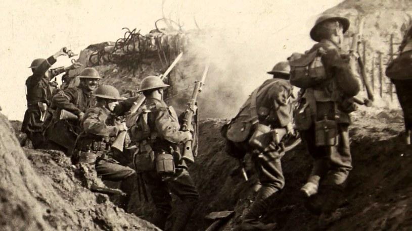 Podczas I wojny światowej la kurażu przyjmowali duże ilości alkoholu, morfiny i kokainy /Imperial War Museum /domena publiczna