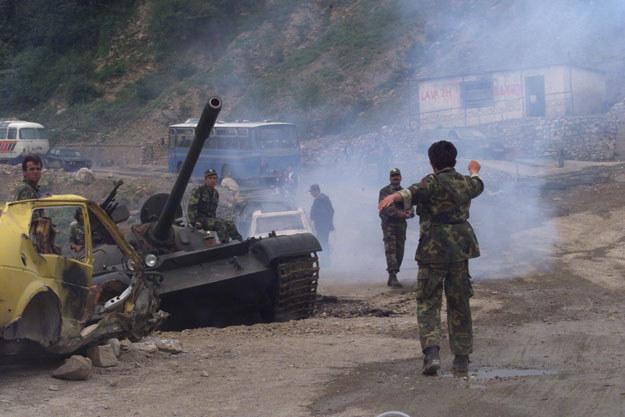 Podczas konfliktu między Kosowem i Serbią zginęło 13 tysięcy ludzi /AFP