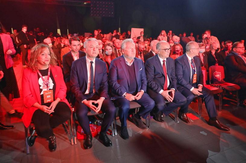Podczas Konwencji Zjednoczeniowej Nowej Lewicy wybrano władze ugrupowania /PAP/Albert Zawada /PAP