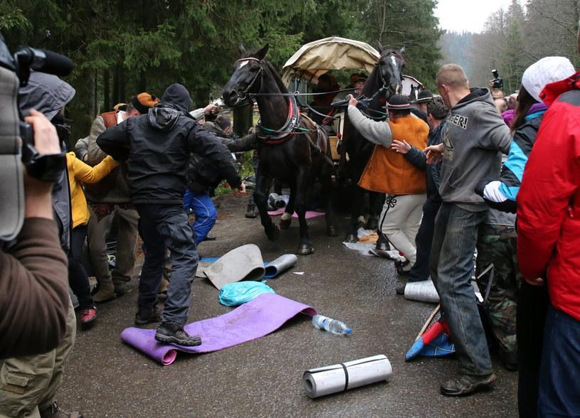 Podczas niedzielnej pikiety doszło do bójki /Grzegorz Momot /PAP