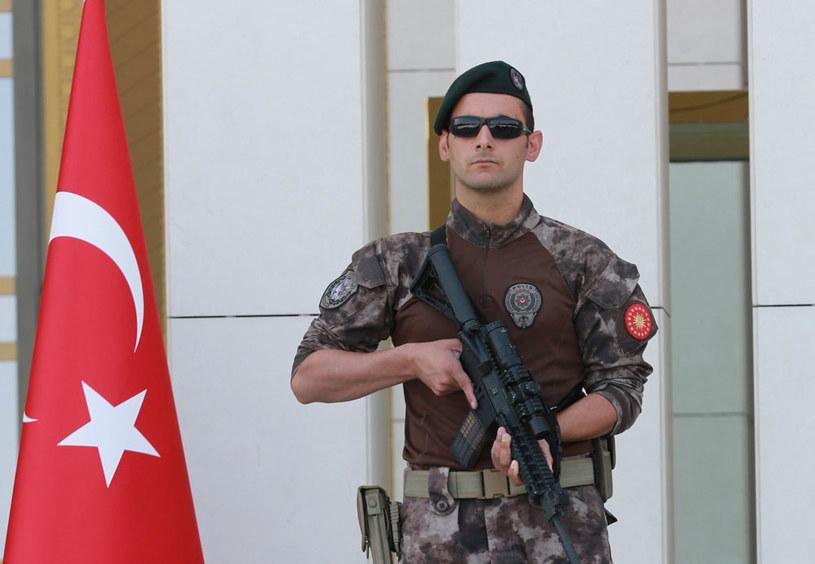 Podczas operacji w Stambule policja przeszukała 23 domy (zdjęcie ilustracyjne) /AFP