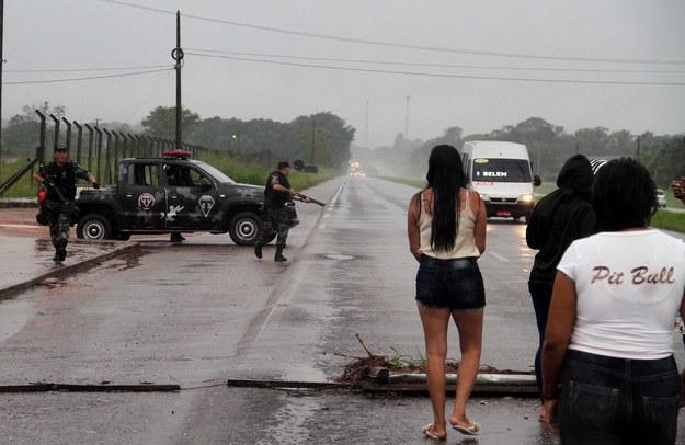 Podczas próby ucieczki zginęło co najmniej 21 osób /CLAUDIO PINHEIRO / O LIBERAL HANDOUT /PAP/EPA