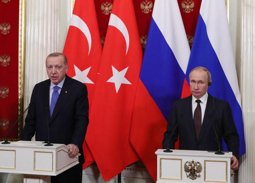 Podczas rozmów w Moskwie Putin i Erdogan zadeklarowali, że Rosja i Turcja będą gwarantami obecnego zawieszenia broni w Idlibie. /MICHAEL KLIMENTYEV/SPUTNIK/KREMLIN POOL /PAP/EPA