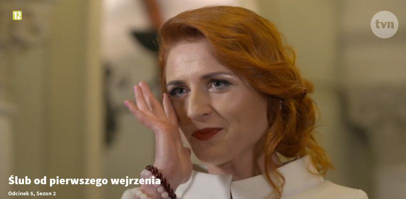 Podczas ślubu Paulinie poleciały łzy /TVN