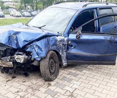 Podczas ucieczki przed policją rozbił swoje auto