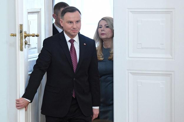"""Podczas uroczystości powołania prezesów dwóch nowych izb Sądu Najwyższego prezydent Andrzej Duda stwierdził, że nowi sędziowie SN są często poniżani przez starszych - w tym tych """"wysoko postawionych"""" / Radek Pietruszka   /PAP"""