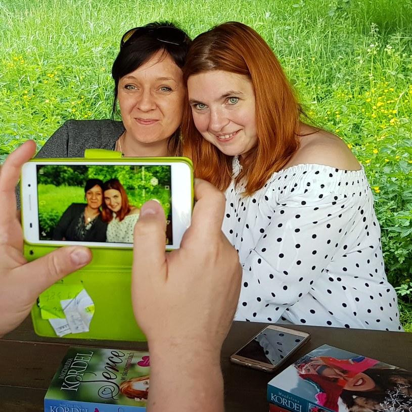 Podczas warsztatów był też czas na zdjęcia z ulubioną autorką /Styl.pl