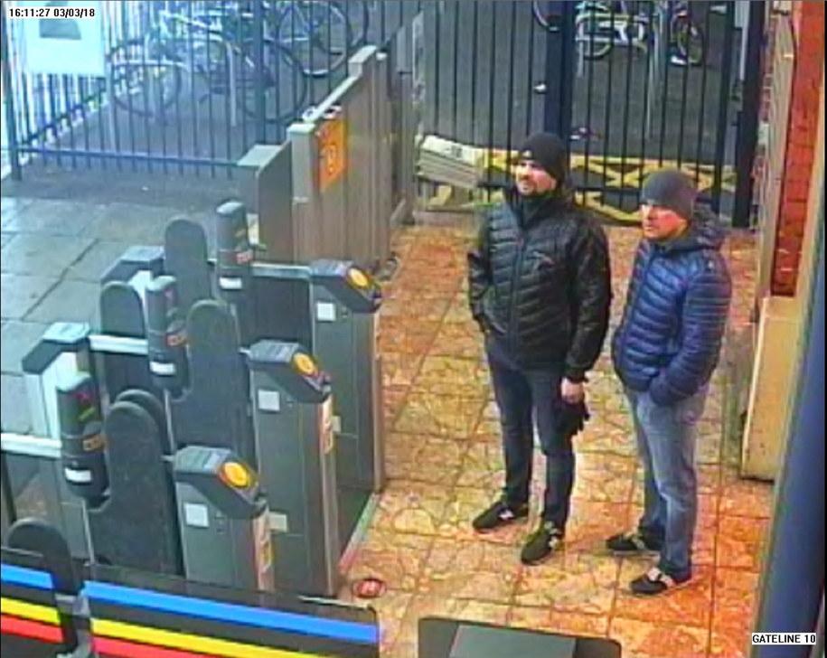 Podejrzani o otrucie Siergieja Skripala uchwyceni przez kamery monitoringu w Londynie /LONDON METROPOLITAN POLICE    /PAP/EPA