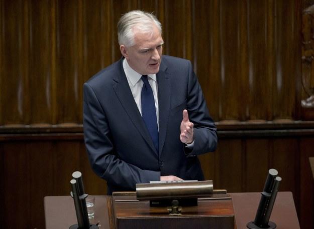 Podejrzliwy Jarosław Gowin /Andrzej Iwańczuk /Reporter