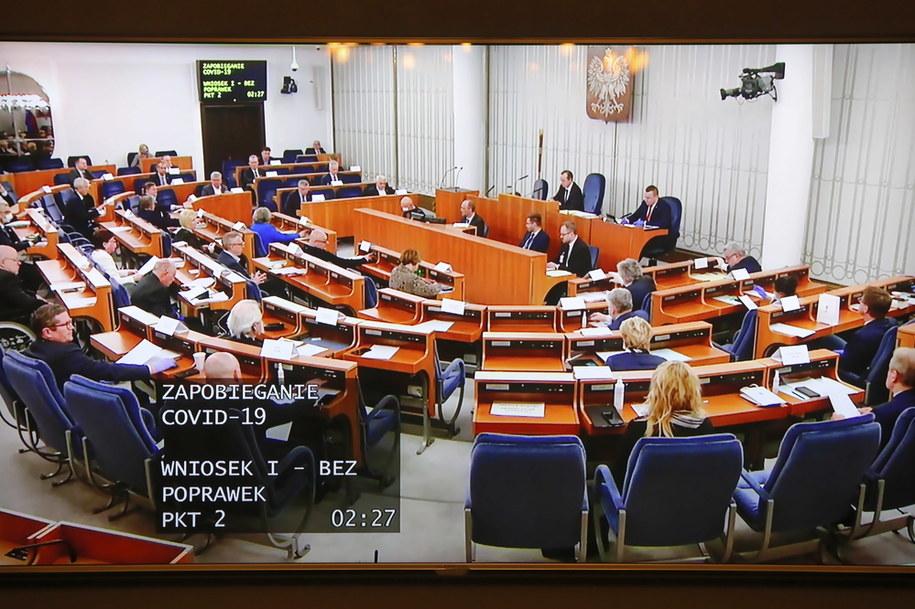 Podgląd na salę obrad Senatu /Wojciech Olkuśnik /PAP