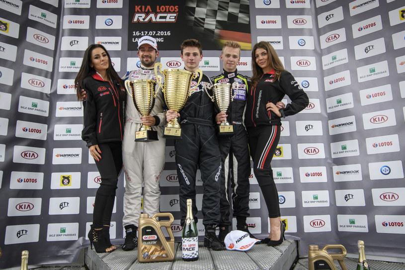 Podium Kia Lotos Race na Lausitzringu /