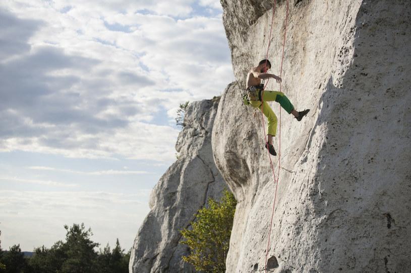 Podlesice na Jurze Krakowsko-Częstochowskiej są doskonałym miejscem do trenowania wspinaczki /Adam Wysocki /East News