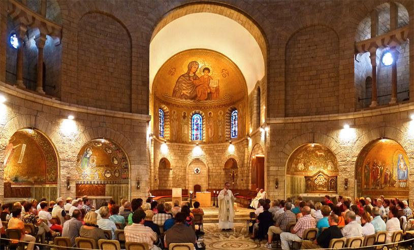 Podłogę Kościoła Zaśnięcia Najświętszej Marii Panny wJerozolimie zdobią symbole Trójcy Świętej –iznaki zodiaku. To niezwykłe, biorąc pod uwagę, że astrologia już wStarym Testamencie została uznana za zajęcie godne potępienia /domena publiczna