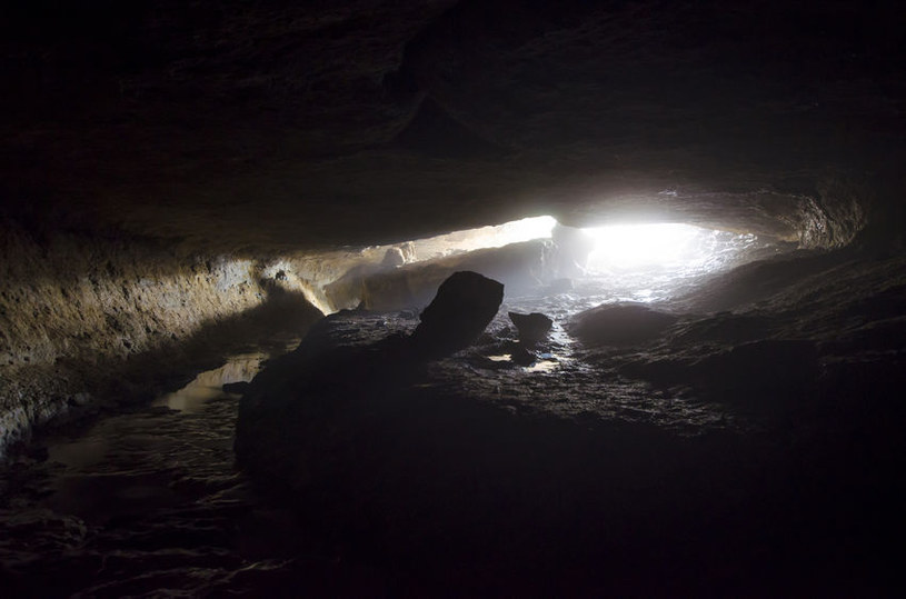 Podobno gdzieś w polskich lub słowackich górach znajduje się tajemnicza Księżycowa Jaskinia. /123RF/PICSEL