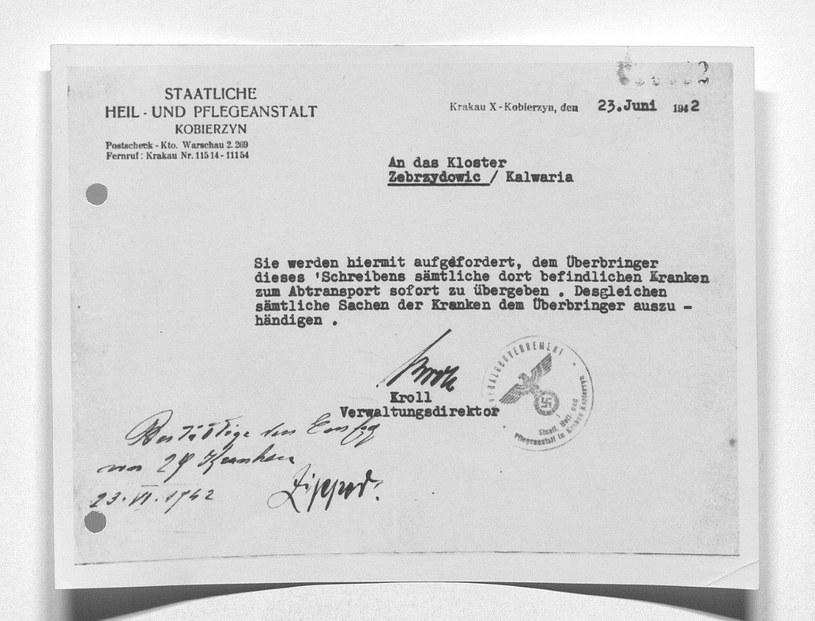Podpisane przez Krolla polecenie wydania 30 chorych ze szpitala klasztoru oo. Bonifratrów w Zebrzydowicach. Fot. Państwowe Archiwum w Monachium STAANW 22641/17_18 /Deutsche Welle