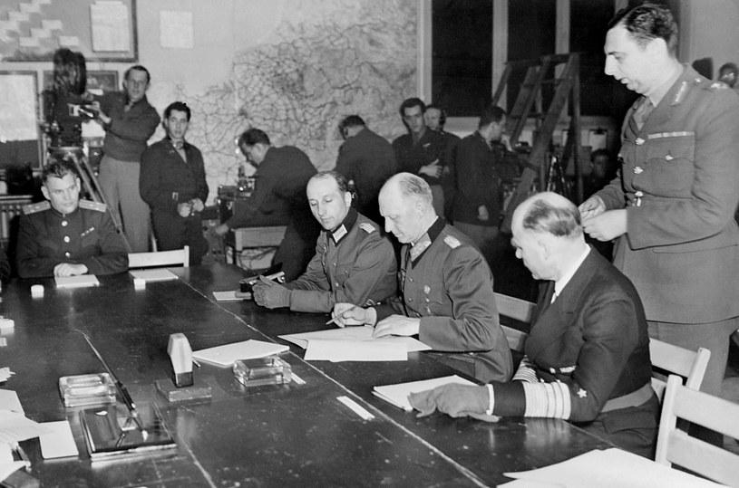 Podpisanie aktu bezwarunkowej kapitulacji Niemiec /AFP