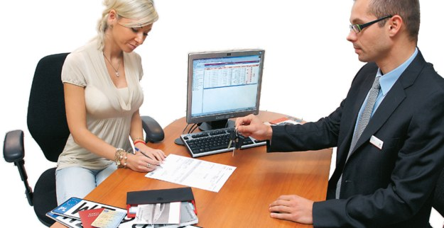podpisywanie umowy /Motor