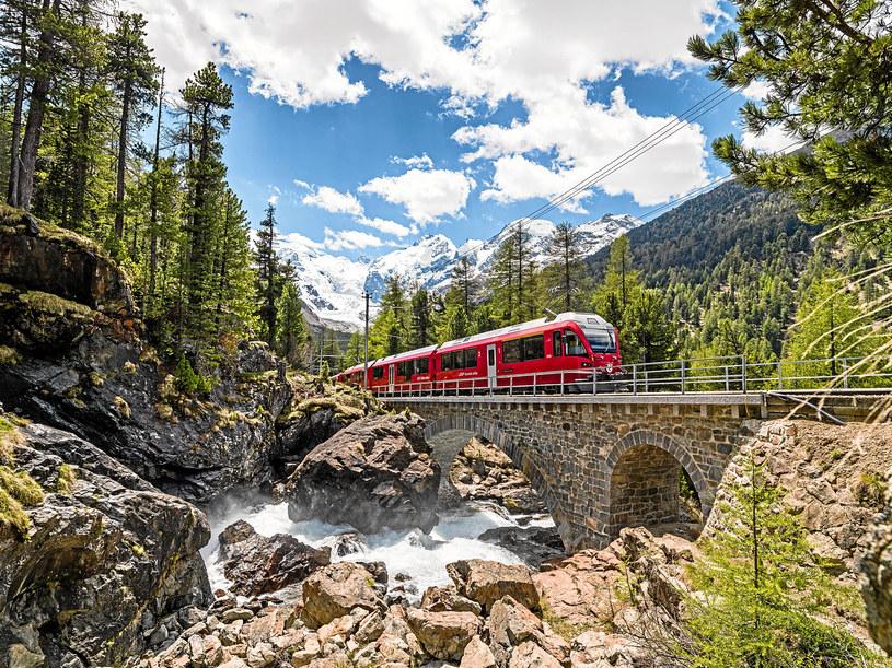 Podróż kolejami retyckimi przez Gryzonię /Switzerland Tourism: swiss-image.ch/Erik Suesskind /materiały prasowe