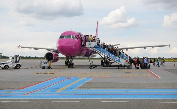 Podróż samolotem na wakacje. Jak walczyć o swoje prawa?