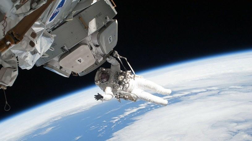 Podróże kosmiczne są fatalne w skutkach dla organizmu na poziomie komórkowym /Geekweek