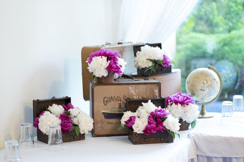 Podróże to dla wesela temat wdzięczny i barwny, fot. Blindman /Wedding