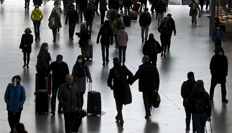 Podróżni w Monachium; zdj. ilustracyjne /AFP