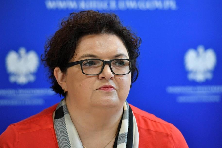 Podsekretarz stanu w MRPiPS Elżbieta Bojanowska / Piotr Polak    /PAP