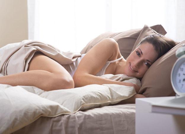 Podstawą dobrego samopoczucia jest przede wszystkim głęboki i długi sen /123RF/PICSEL