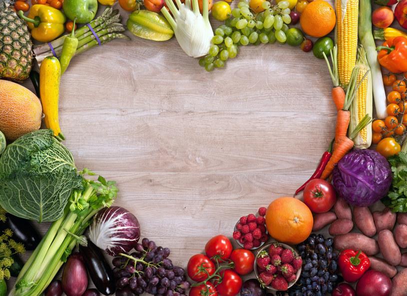 Podstawą zdrowej diety powinny byc owoce i warzywa /123RF/PICSEL