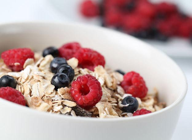 Podstawę właściwej diety stanowią węglowodany /123RF/PICSEL