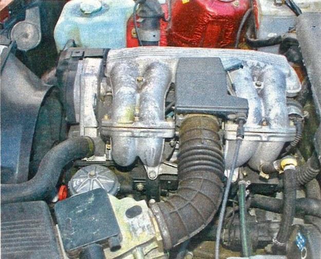Podstawowa jednostka napędowa o mocy 113 KM nie zapewnia sportowych osiągów, ale jest trwała. /Motor
