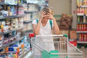 Podstępne triki sklepów, za które płacą klienci